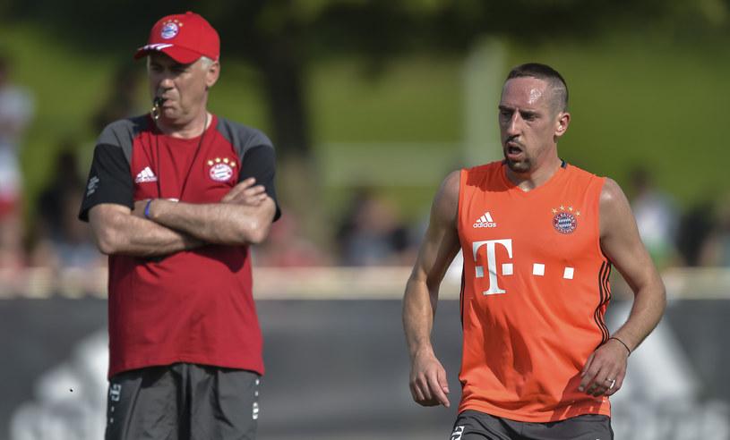 Franck Ribery (z prawej) i Carlo Ancelotti /AFP