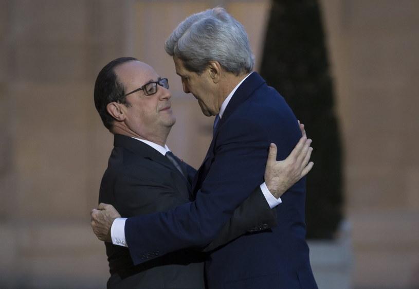 Francois Hollande i John Kerry /PAP/EPA