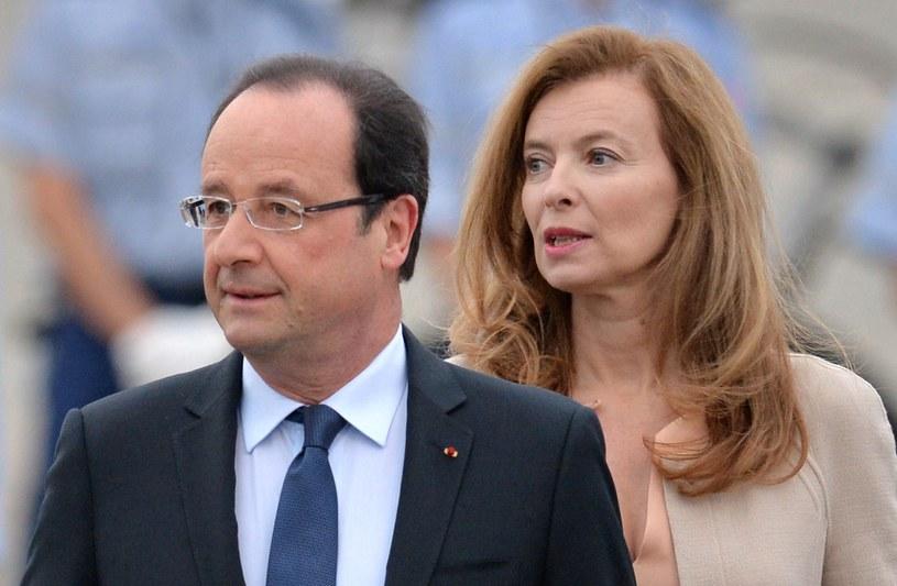 Francois Hollande (L) i Valerie Trierweiler (R), zdjęcie z czerwca 2013 roku /AFP
