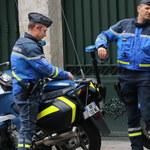 Francuscy kierowcy zatrzymali pijanego szofera tira. Zablokowali mu drogę