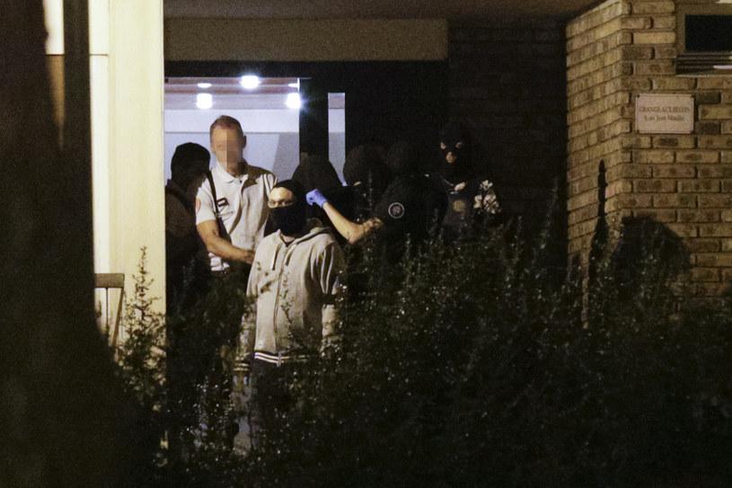 Francuscy policjancji zatrzymali trzy kobiety planujące zamach /AFP
