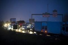 Francuscy rolnicy blokują drogi