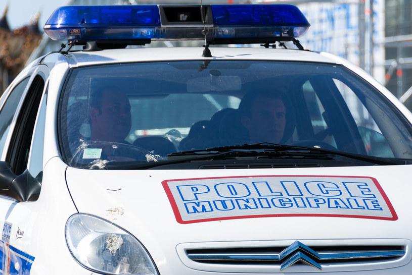 Francuska policja wszczęła dochodzenie w sprawie o morderstwo /123RF/PICSEL