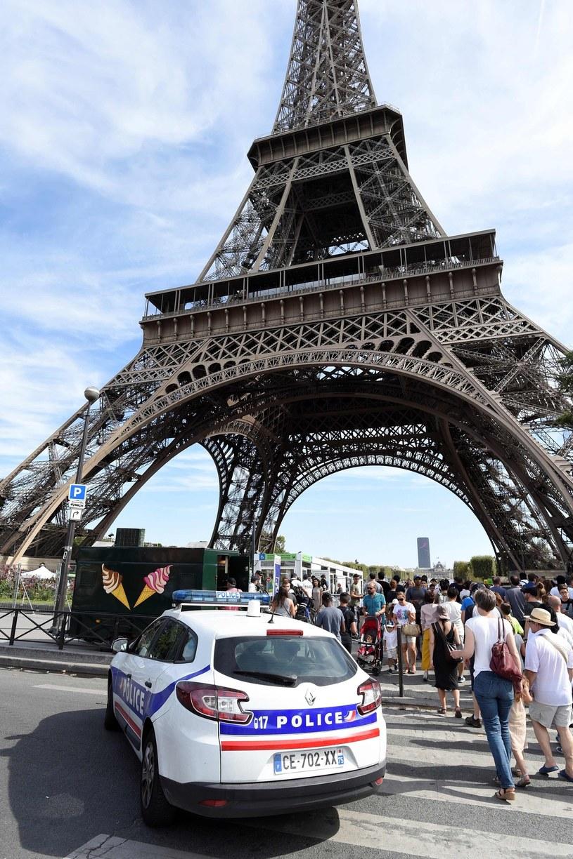 Francuska policja. /MIGUEL MEDINA /East News