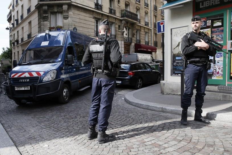 Francuska policja /ETIENNE LAURENT /PAP/EPA