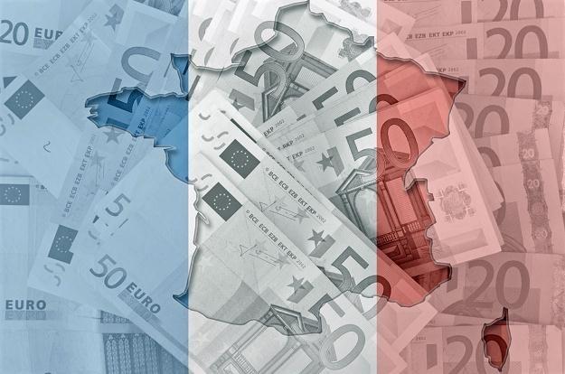 Francuski rząd poprzez obciążenia fiskalne łata dziurę budżetową /©123RF/PICSEL