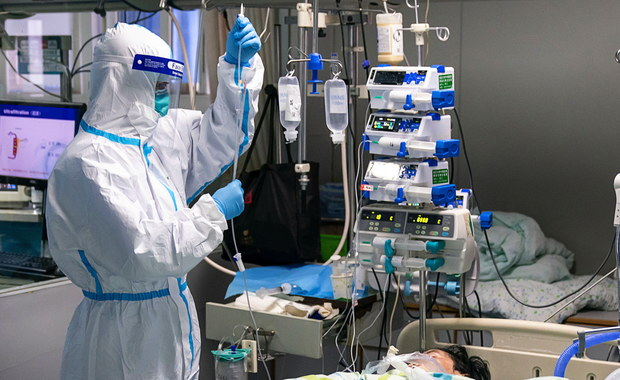 Francuski specjalista: Nowy koronawirus mniej groźny, niż sądzono