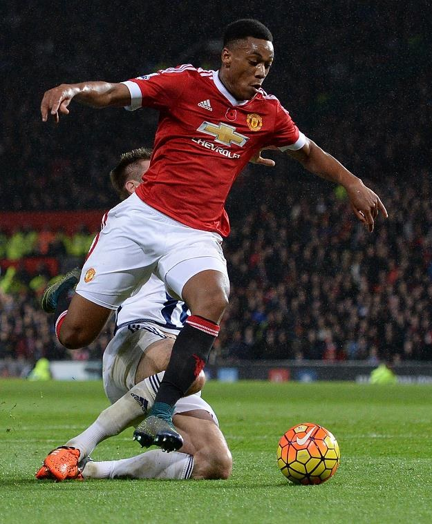 Francuz Anthony Martial jest nową gwiazdą Manchesteru United /AFP