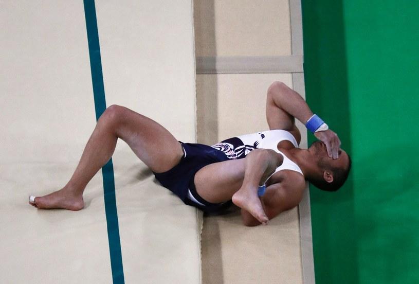 Francuz Samir Ait Said łamie nogę podczas skoku /AFP