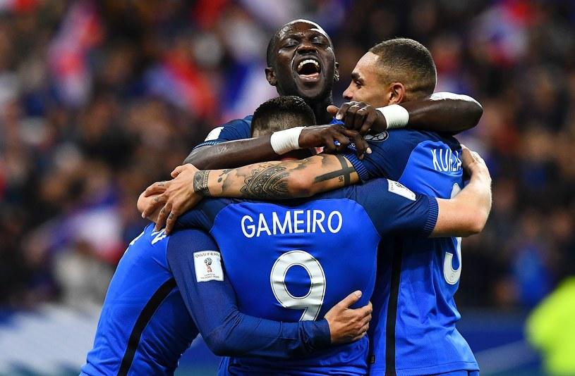 Francuzi cieszą się z kolejnej bramki /AFP