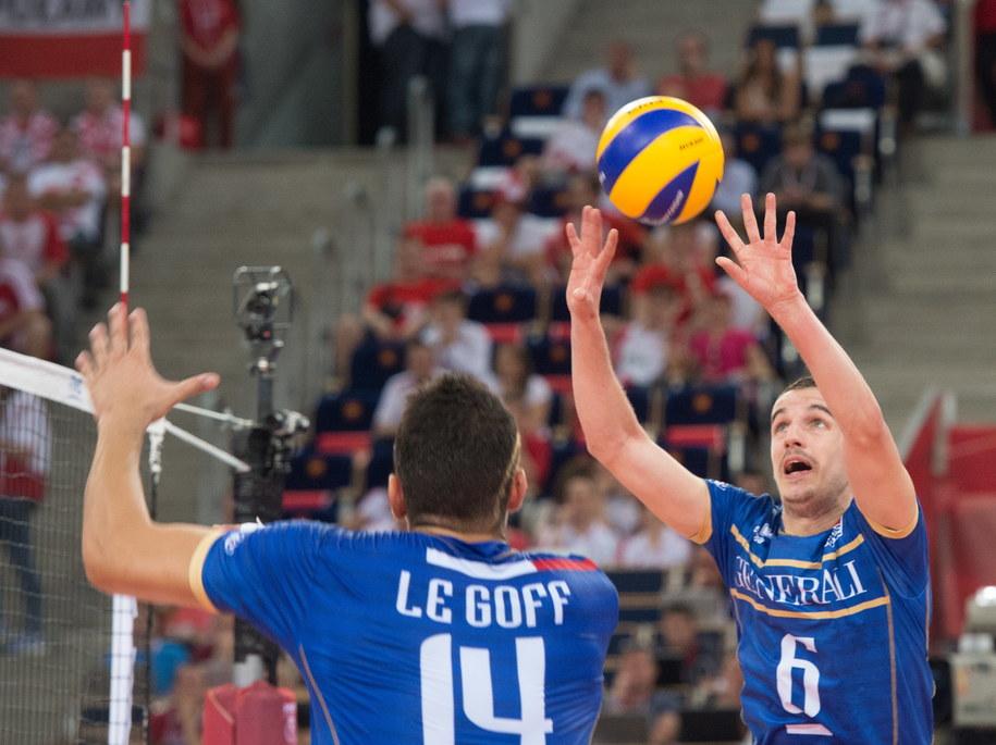 Francuzi Nicolas Le Goff i Benjamin Toniutti w meczu z Serbią /Grzegorz Michałowski   (PAP) /PAP