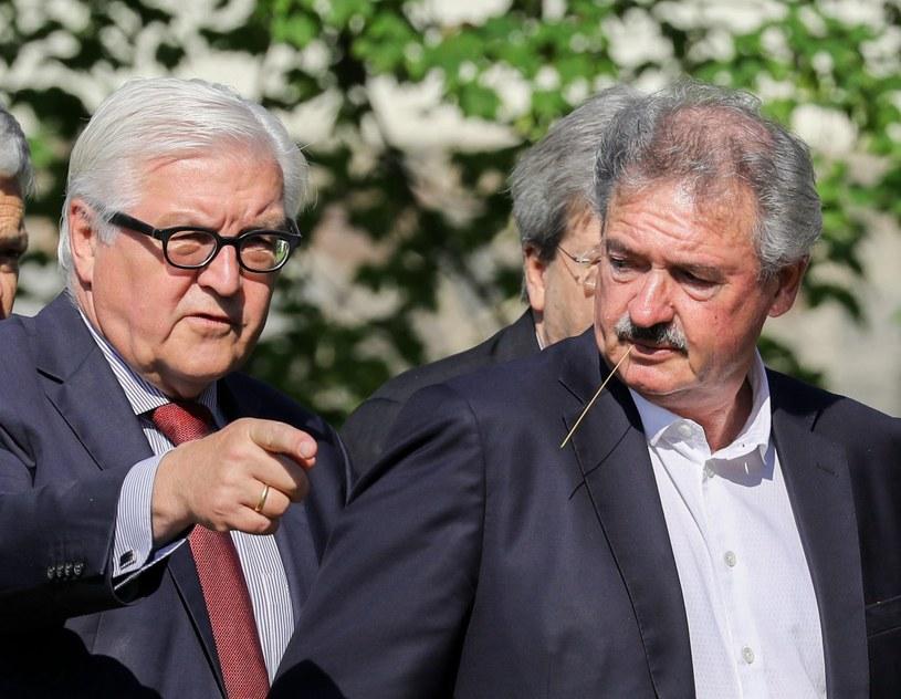 Frank-Walter Steinmeier i Jean Asselborn /PAP/EPA