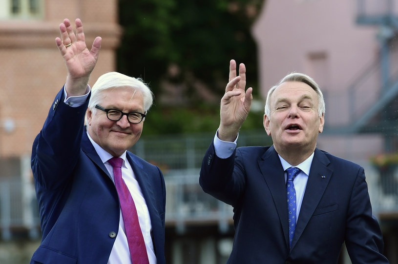 Frank-Walter Steinmeier i Jean-Marc Ayrault /AFP