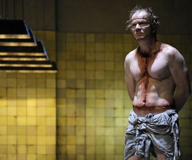 """""""Frankenstein"""": Eryk Lubos gra potwora"""