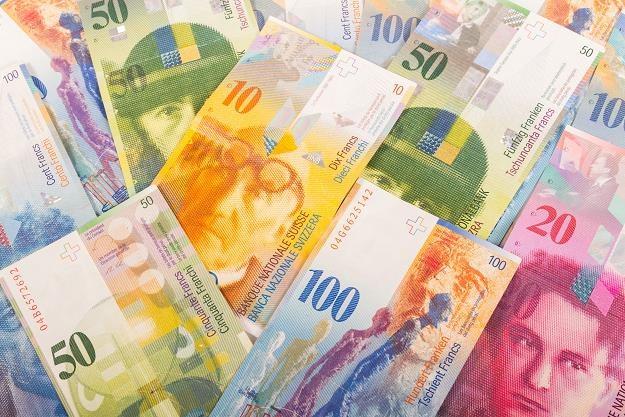 Frankowicza kontra banki - kto zwycięży? Na zdjęciu szwajcarskie banknoty /©123RF/PICSEL