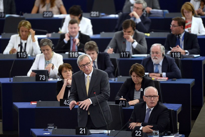 Frans Timmermans i Jean-Claude Juncker /PATRICK HERTZOG /East News