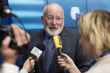 Frans Timmermans na zamkniętym spotkaniu: Zmiany ustawodawcze w Polsce (...) niewystarczające