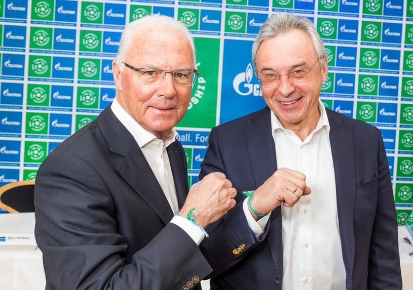 Franz Beckenbauer i Wiaczesław Krupienkow - dyrektor zarządzający Gazprom Germania. /INTERIA.PL