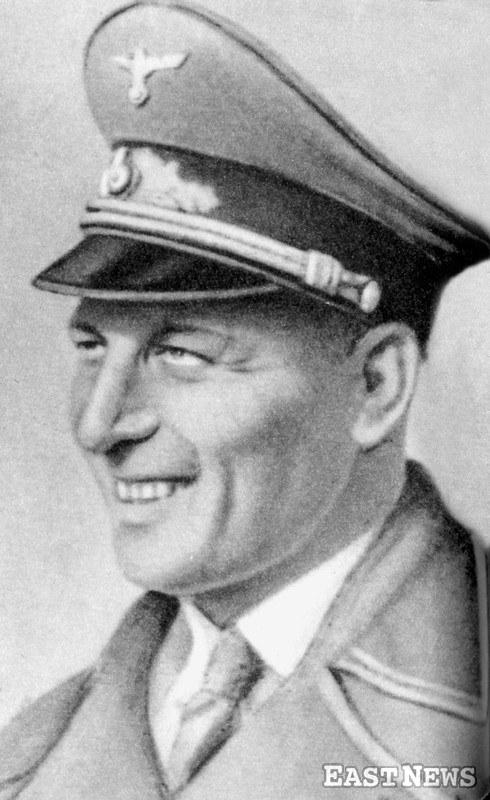 Franz Kutschera (1904-1944) - Austriak z pochodzenia, dowódca SS i policji na dystrykt warszawski Generalnego Gubernatorstwa podczas okupacji niemieckiej w Polsce, zwany katem Warszawy. Zbrodniarz nazistowski/GKBZHwP /East News