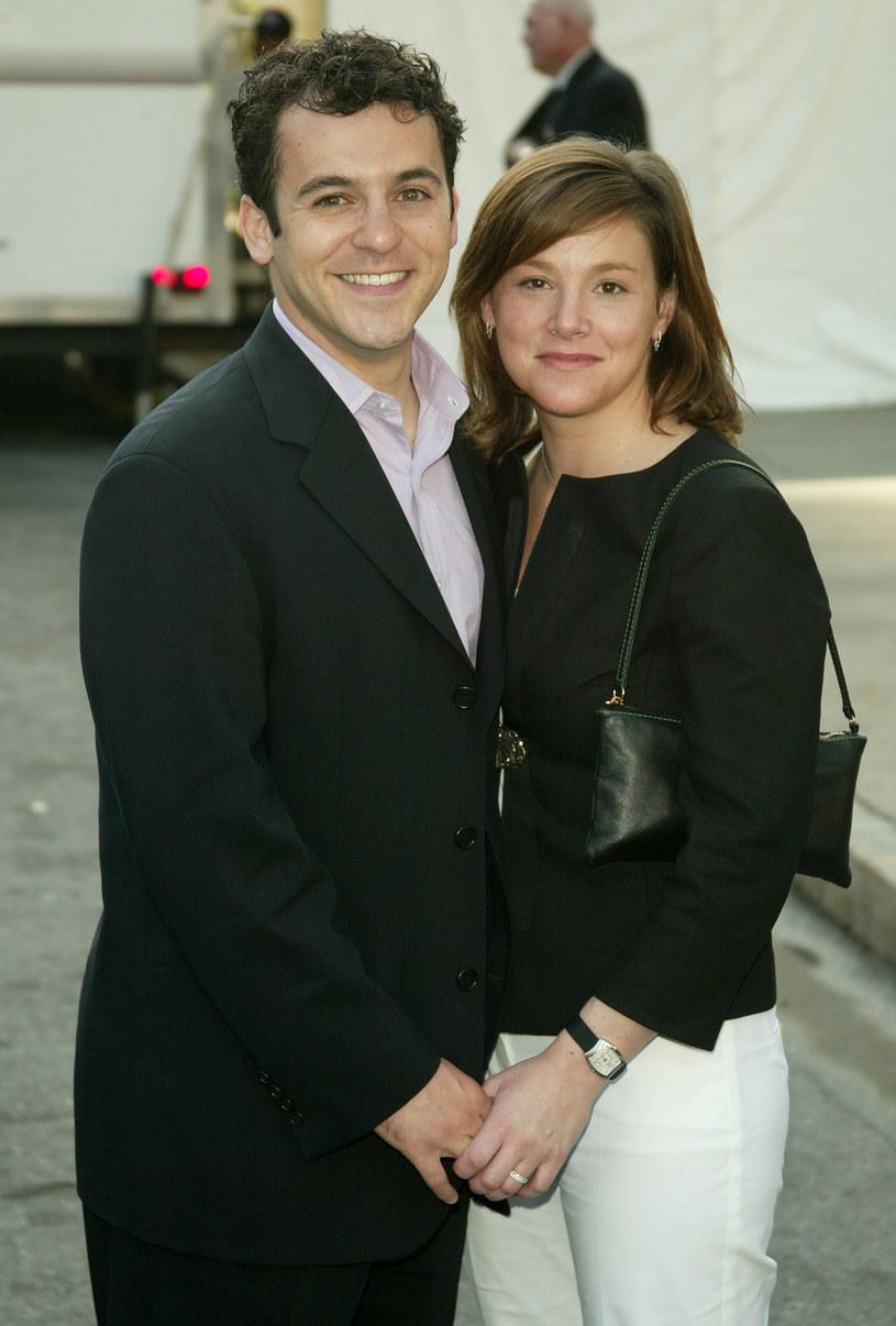 Fred Savage i Jennifer Lynn Stone /Peter Kramer /Getty Images