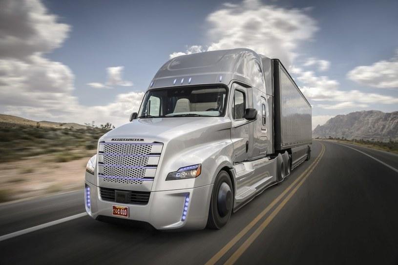 Freightliner Inspiration Truck - półautonomiczna ciężarówka /materiały prasowe