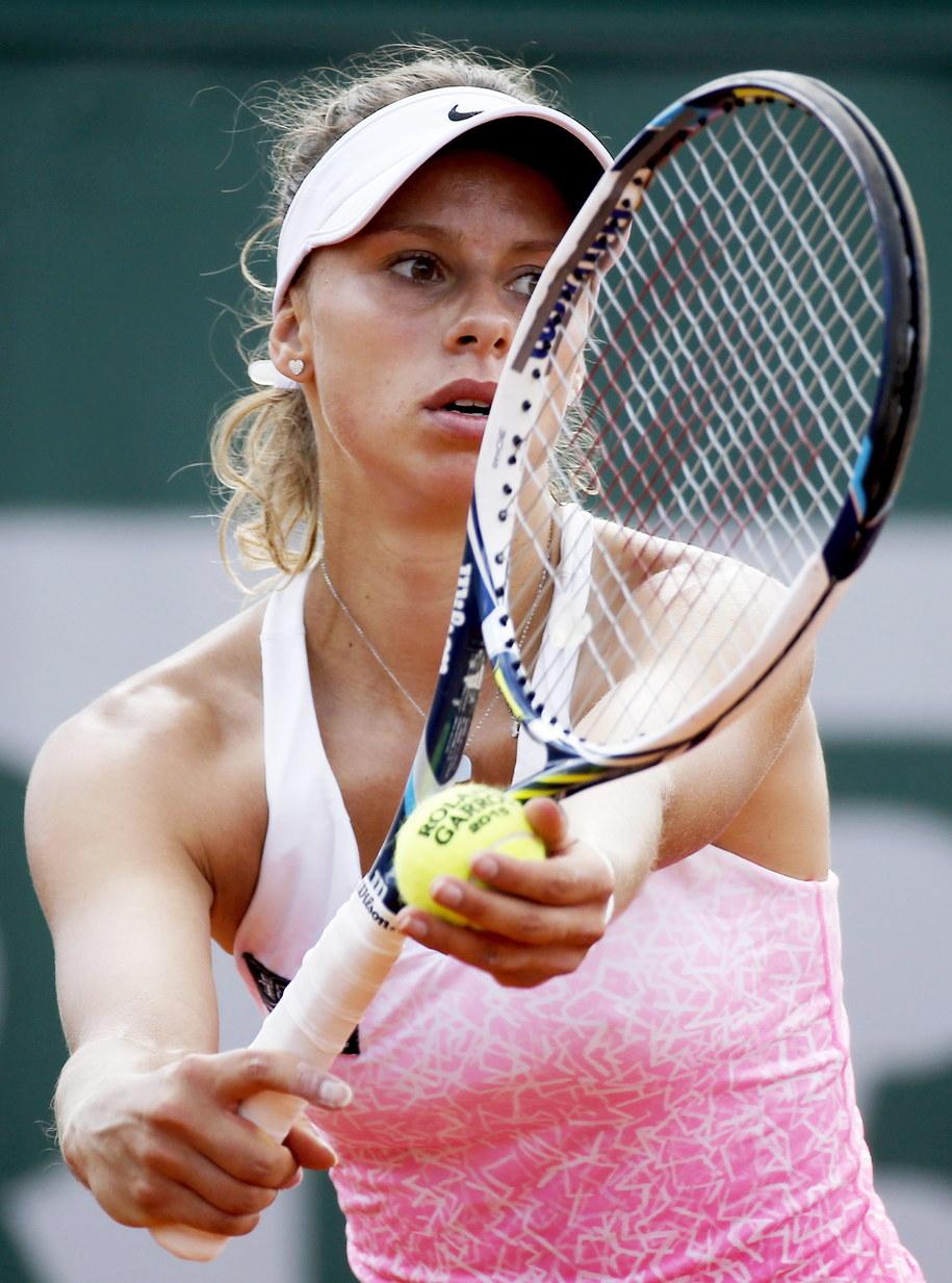 French Open: Magda Linette w meczu z Flavią Pennettą /ETIENNE LAURENT /PAP/EPA