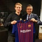 Frenkie de Jong piłkarzem Barcelony. Kosmiczna kwota transferu