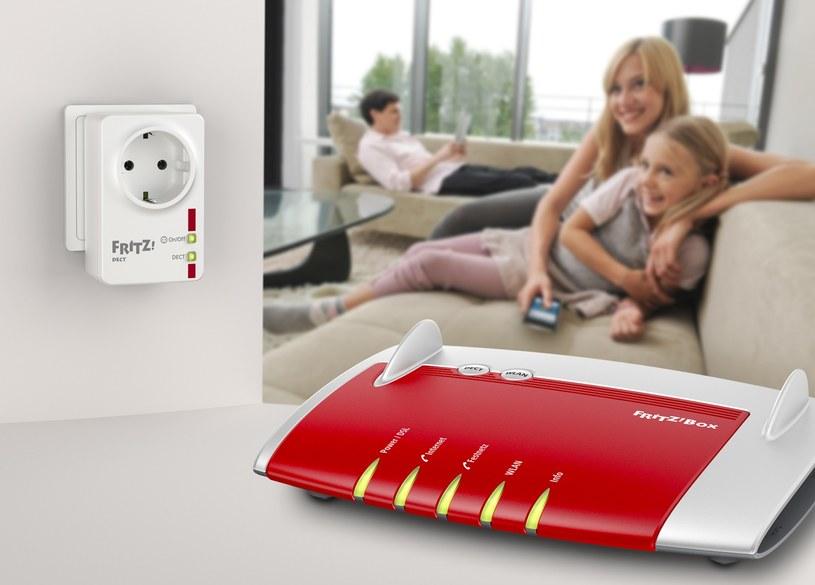 FRITZ!DECT 200 - mierzy i optymalizuje zużycie energii oraz steruje urządzeniami /materiały prasowe