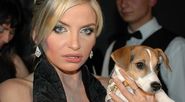 Frytka bardzo chce być polską Paris Hilton...  /MWMedia