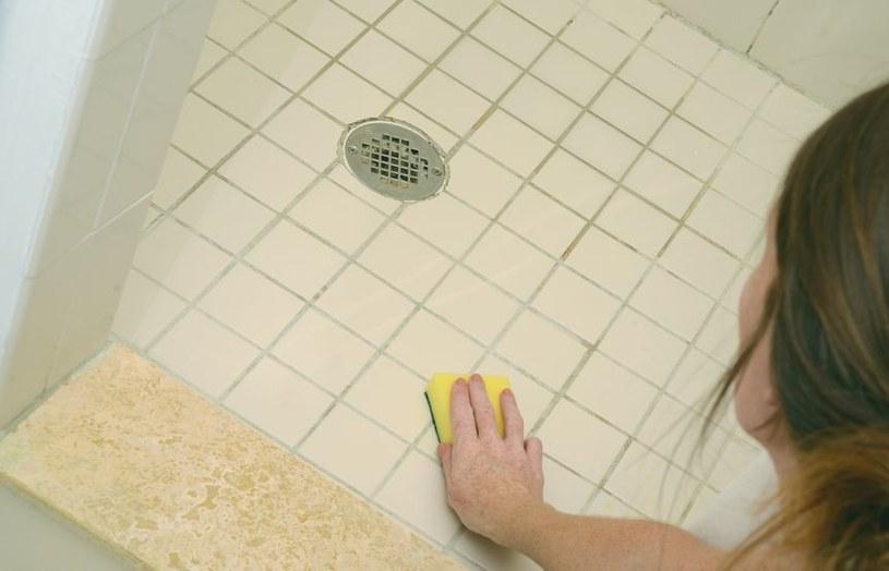 Fugi w łazience /©123RF/PICSEL