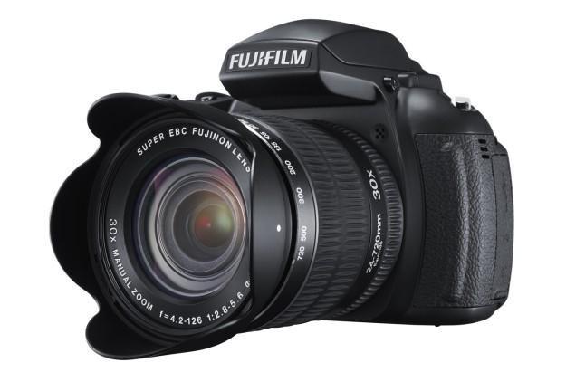 Fujifilm FinePix HS30 EXR /materiały prasowe