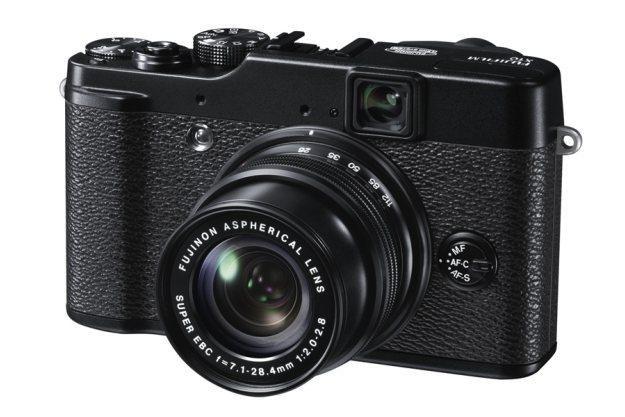 Fujifilm FinePix X10 /materiały prasowe