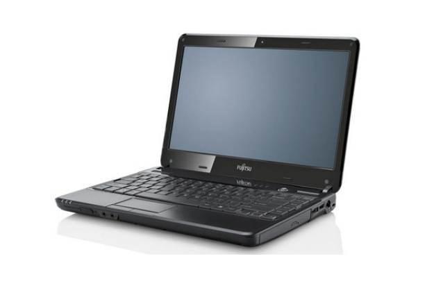Fujitsu Lifebook SH531 /materiały prasowe