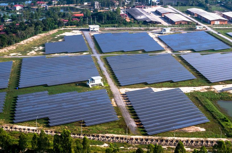 Fukushima będzie farmami solarnymi stała /123RF/PICSEL