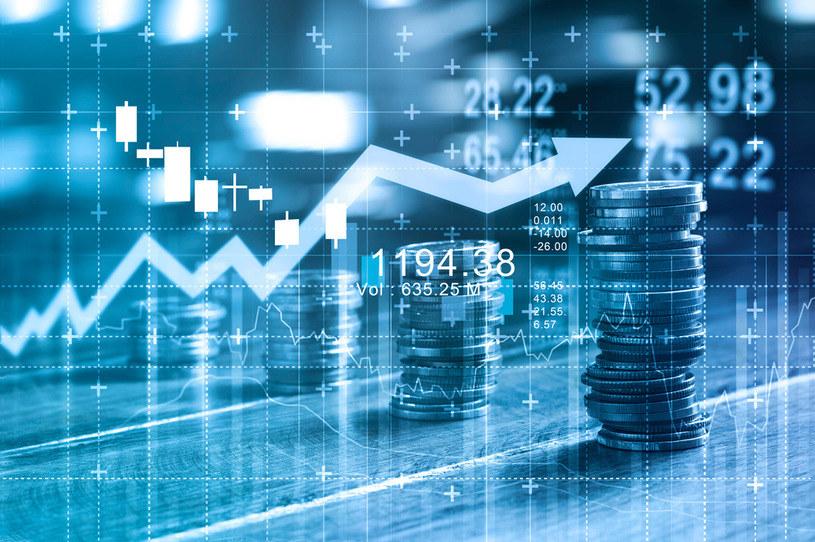 Fundusze obligacyjne i pieniężne, w odwrocie. Odpłynęło z nich w sumie 3,4 mld PLN. /123RF/PICSEL