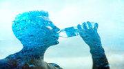 Funkcje wody w organizmie. Jak zadbać o regularną dostawę wody?