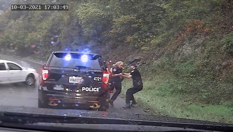 Funkcjonariusz w ostatniej chwili uratował koleżankę /Gate City Police Department /Policja