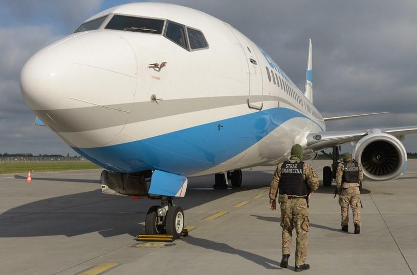 Funkcjonariusze interweniowali na pokładzie samolotu /Nadodrzański Oddział Straży Granicznej /