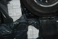 Funkcjonariusze SG znaleźli 3 miliony sztuk papierosów w busie