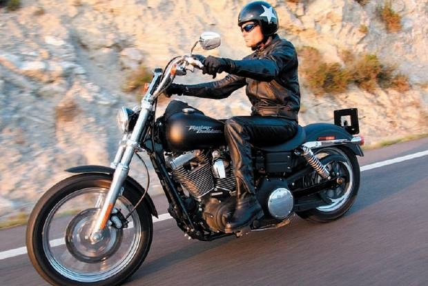 FXDBI Dyna Street Bob / Kliknij /Motocykl