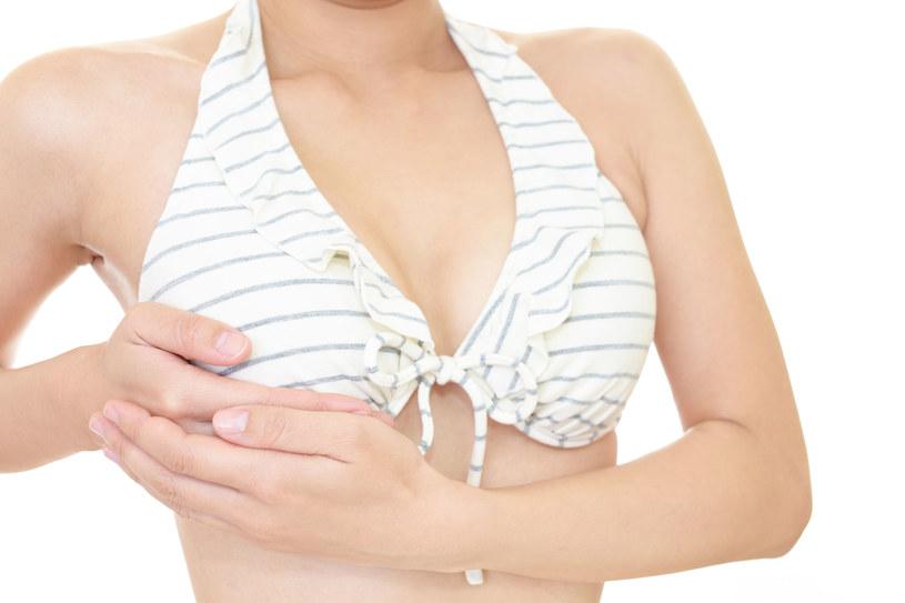 Gabinety chirurgii plastycznej odwiedza średnio około pół miliona kobiet rocznie /123RF/PICSEL