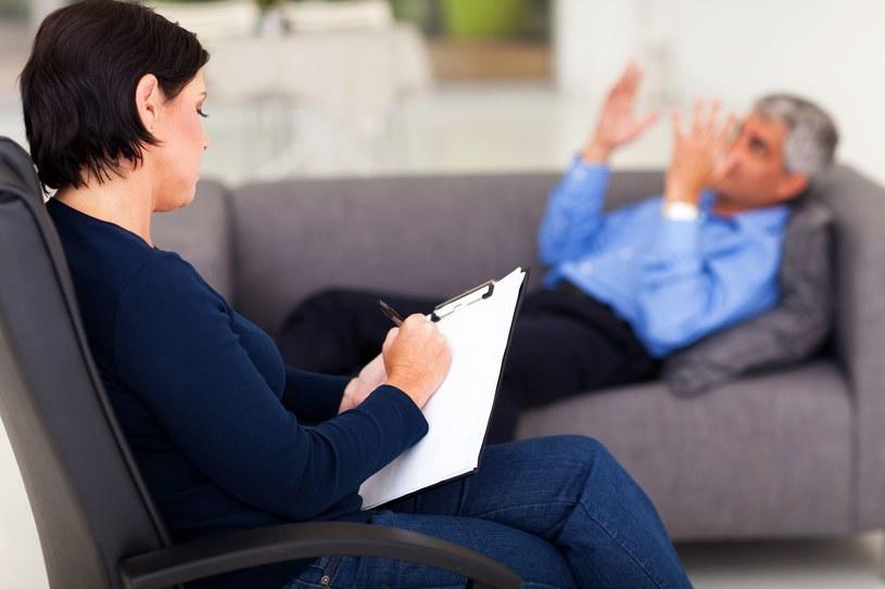 Gabinety psychoterapeutów odejdą do lamusa? /123RF/PICSEL