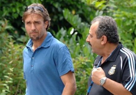 Gabriel Batistuta ( z lewej) /AFP