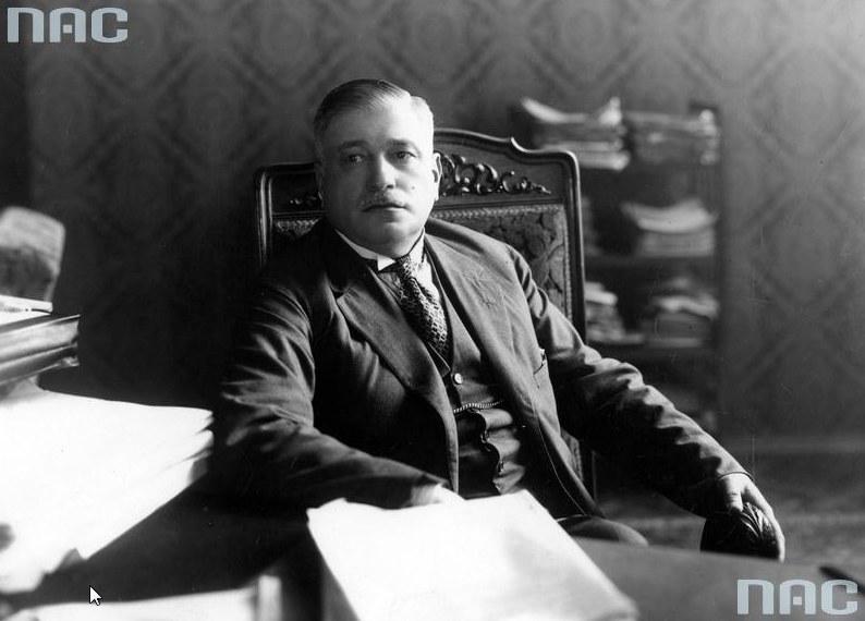 Gabriel Czechowicz, minister skarbu. Fotografia portretowa z 1928 roku /Z archiwum Narodowego Archiwum Cyfrowego