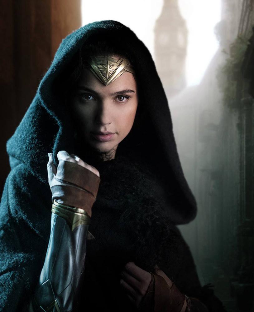 """Gal Gadot w filmie """"Wonder Woman"""" /Warner Bros /materiały prasowe"""