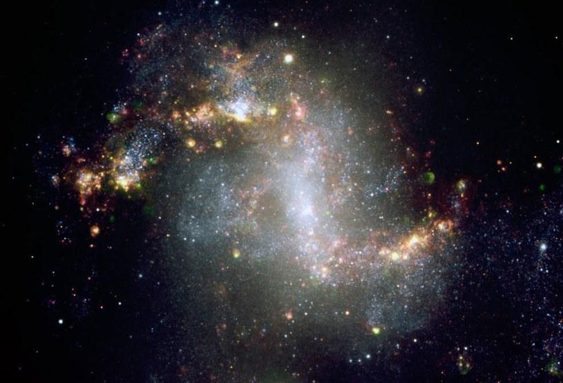Galaktyka NGC1313, w której znajduje się czarna dziura NGC1313X-1 /materiały prasowe