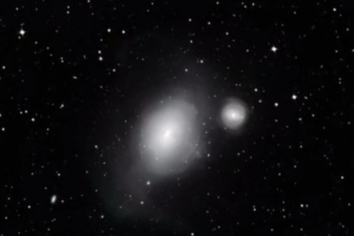 Galaktyki NGC 1316 i NGC 1317 (po prawej) w obrazie 2,2-metrowego teleskopu MPG/ESO /materiały prasowe