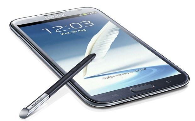 Galaxy Note II sprzedaje się wyjatkowo dobrze /materiały prasowe