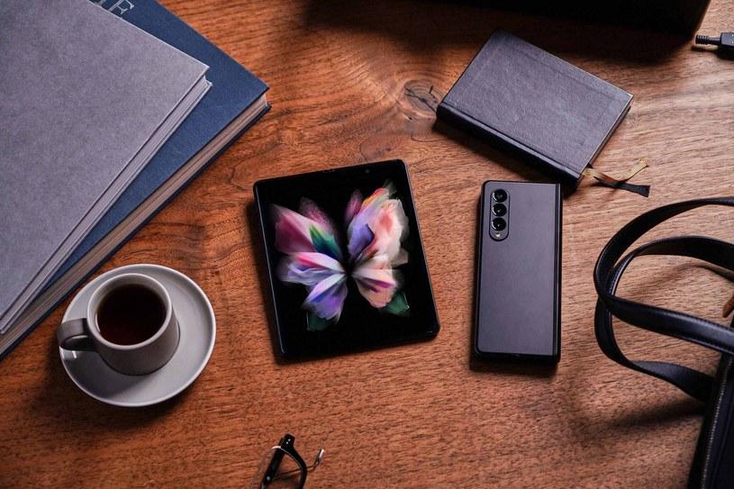Galaxy Z Fold3 5G /materiały prasowe