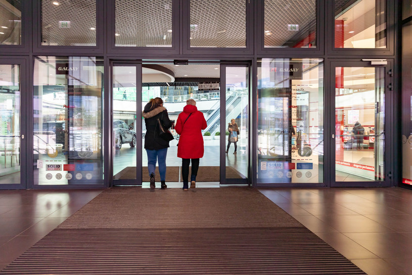 Galeria handlowa w Szczecinie /ROBERT STACHNIK/REPORTER /Reporter